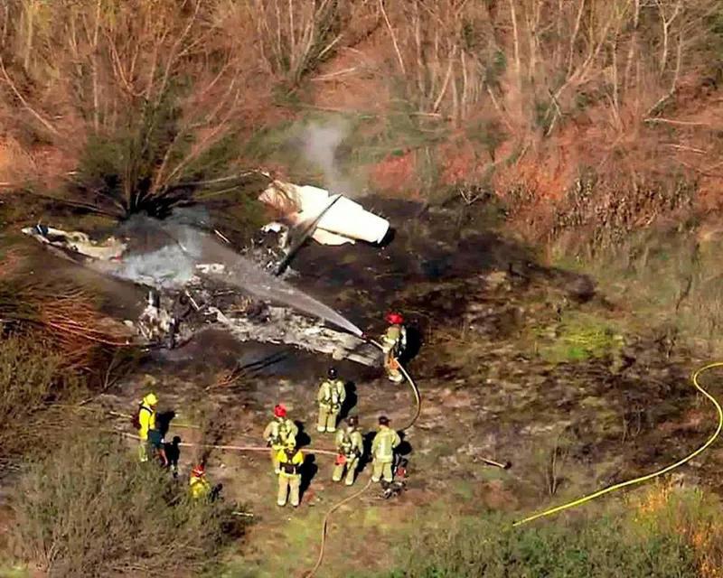 рамка фоторепортаж разбившийся самолет картинка